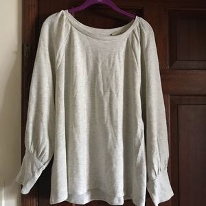LOFT lightweight Sweatshirt w/cute sleeve accent